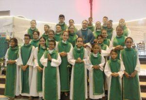 Investidura e Reinvestidura dos Coroinhas da paróquia