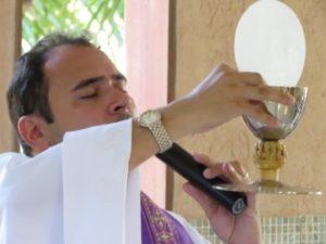 Ó Jesus doce, ó Jesus bondoso: Uma formação com Raniero Cantalamessa