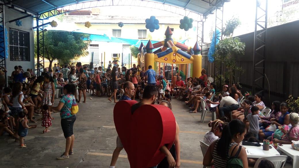 Paróquia São Benedito comemora Dia das Crianças com festa e presentes