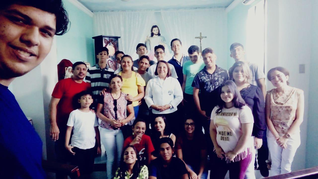 Crismandos encerram ano de 2018 com celebração da palavra na Capela da Divina Misericórdia