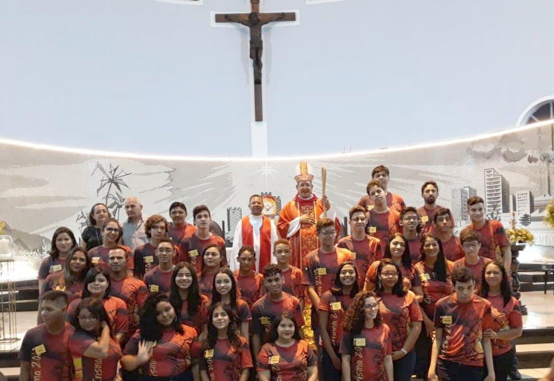 Paróquia São Benedito realiza celebração do Sacramento da Crisma de 37 jovens e adultos no dia 20/07
