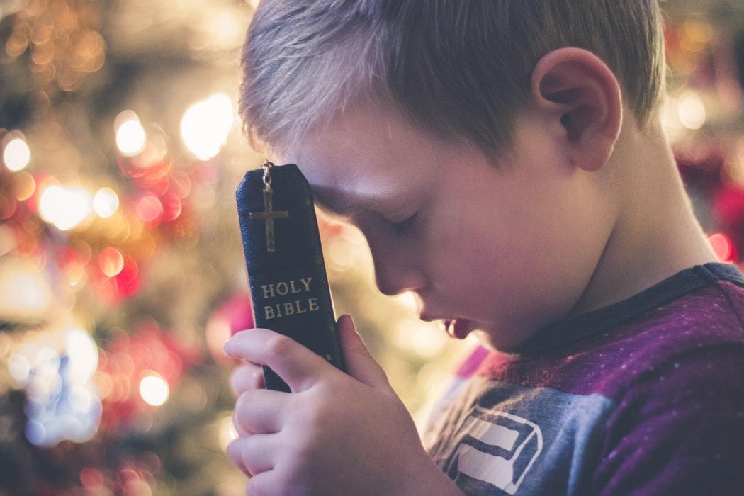 Não devemos permanecer crianças na fé