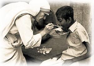 Dom Henrique Soares responde: Qual a diferença entre caridade cristã e filantropia?
