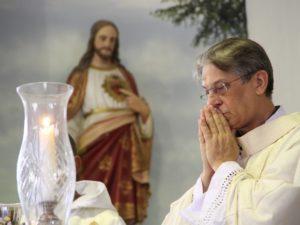 Sétimo Dia: fiel faz tributo a Dom Aldo Pagotto por sua páscoa