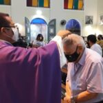Fiéis celebram a Quarta-feira de Cinzas na Paróquia São Benedito e iniciam o Tempo da Quaresma
