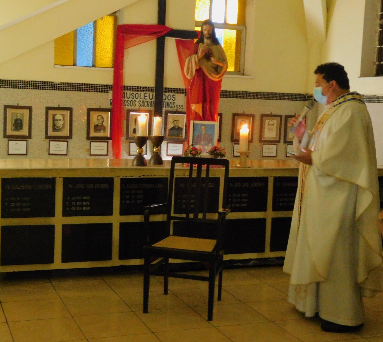 Realizada a Missa de 01 ano da páscoa de Dom Aldo Pagotto, sss