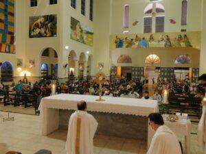 Fiéis celebram a Solenidade de Corpus Christi no Santuário Paróquia São Benedito
